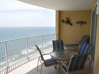 Amazing oversized arching balcony, suntan in privacy, +bar style table & chairs