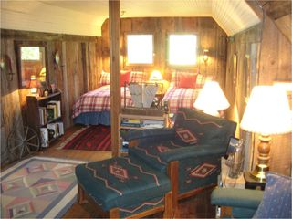 Ketchum cabin photo - Main cabin - loft area: 2 twin beds, set off from TV/den area