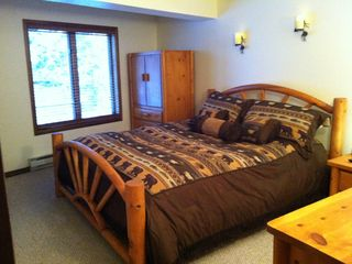 Brian Head condo photo - Luxurious Master Bedroom, with Cal King Knotty Pine Log Bed and Plush Bedding