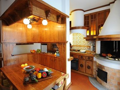 Argegno villa rental - The solid wood kitchen
