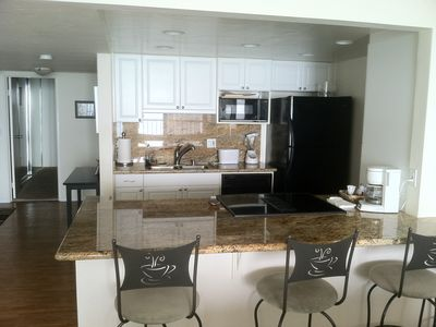Pacific Beach condo rental - Kitchen