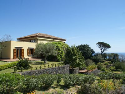Dream villa with large garden and stunning views located 200m from the sea