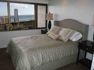 Waikiki condo photo - Ocean view from bedroom