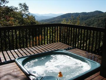 Bryson City cabin rental - Outdoor hot tub