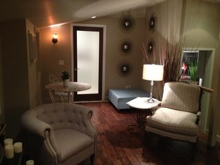 Pasadena studio photo - Sitting area.