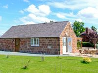 BYRE COTTAGE, character holiday cottage in Nesscliffe, Ref 906694
