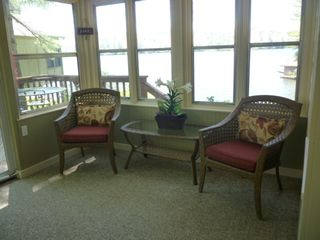 Lake Toxaway cottage photo - Screened and glass porch leading to upper deck