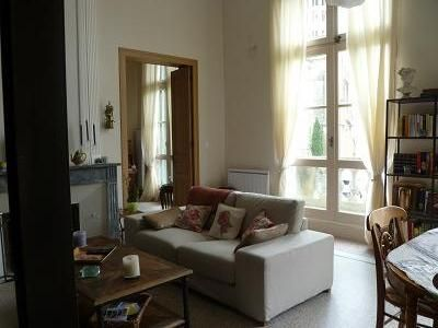 Uzes pont du gard holiday apartment luxurious apart on for Appart hotel uzes