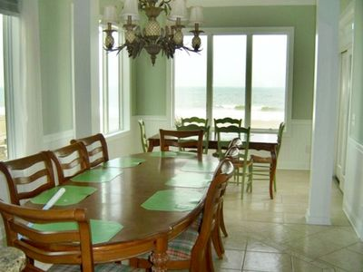 2 adjacent oceanfront dining rooms