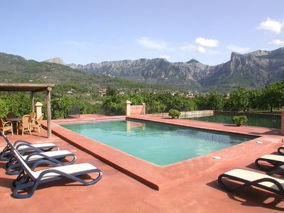 Private and sunny stone built finca with poo lin the outskirts of Sóller