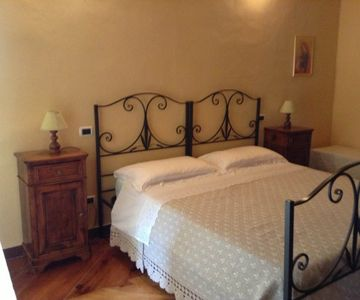2 Person Room in Centrally Located B&B with Breakfast