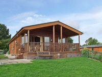 EAGLE RISE LODGE, family friendly, with a garden in Kinlet, Ref 30086