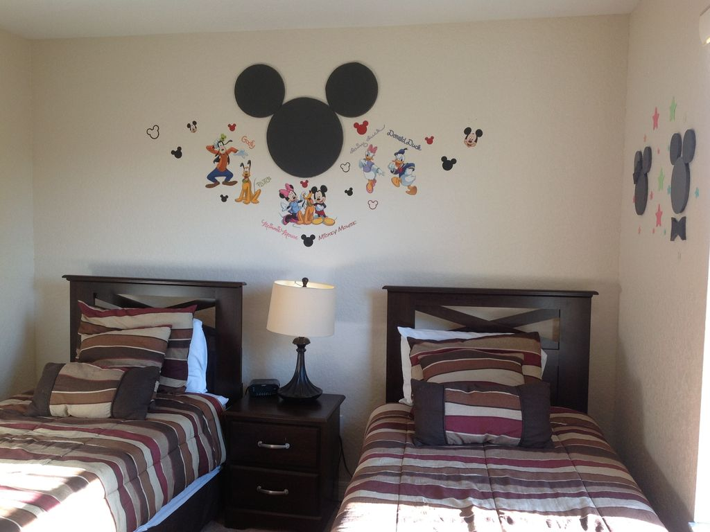 Disney Themed Rooms And We Are Only 15 Mins 2...