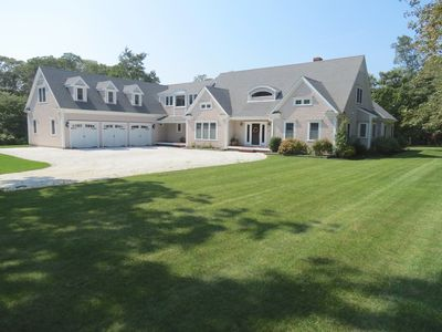 Beautiful, expansive home in the Tonset area of Orleans. A short 5 min drive to Nauset Beach