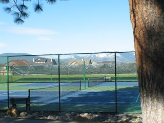 Sisters condo photo - Tennis Courts