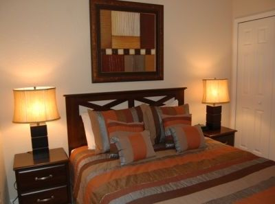 Aldea Reserve townhome rental - Second bedroom with Queen size bed