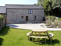 TREVELLYAN FARM, family friendly, with a garden in Lanivet, Ref 2967