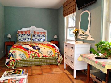 Santa Barbara STUDIO Rental Picture