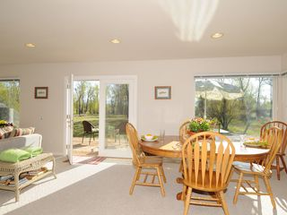 Bozeman house photo - A bright dining area to enjoy the views