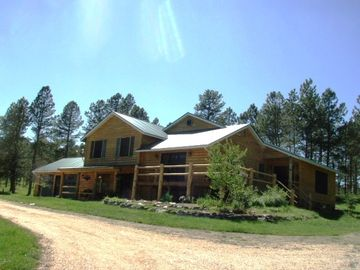 Custer lodge rental - Large home with wrap around deck and covered porch