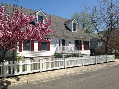 New Listing!!  Pristine Beach House In Historic District - Walk To Everything!!