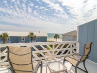 Paradise30A~ Shoreline 10, Ocean Views, Newly Updated, Rentable Bikes, Steps to the Beach!