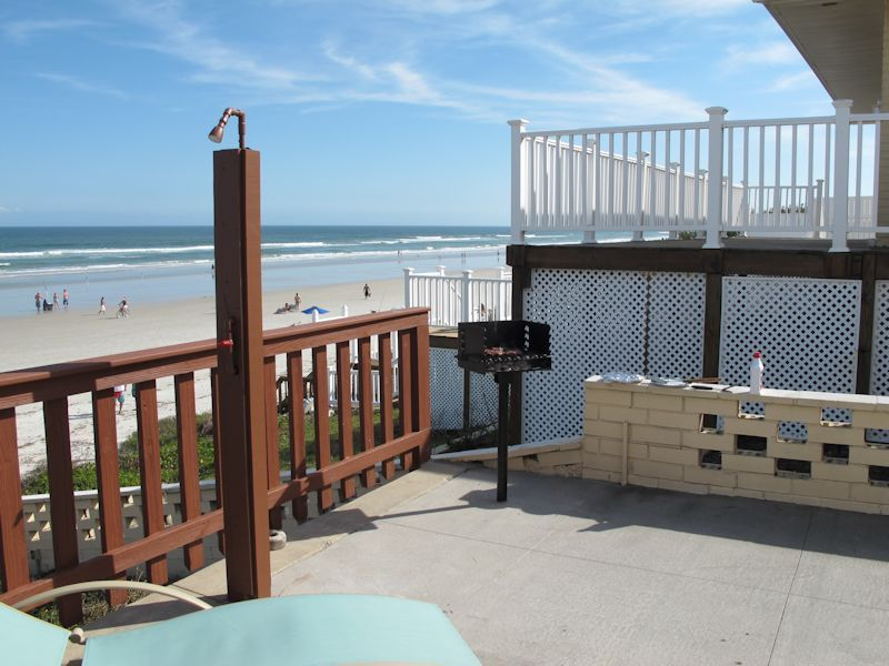 Property Image 3 Oceanfront 4 Bedroom House minutes away from the World  Famous Daytona Beach. Oceanfront 4 Bedroom House minutes away from the World Famous