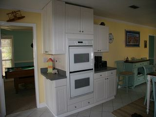 Anastasia Island house photo - Double convection ovens with lots of cabinet space.