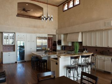Discovery Bay house rental - Kitchen Area