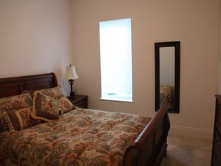 Treasure Cay house photo - Guest bedroom with queen bed