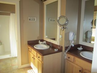 Crystal Mountain, Thompsonville condo photo - Upper Level Bath Room