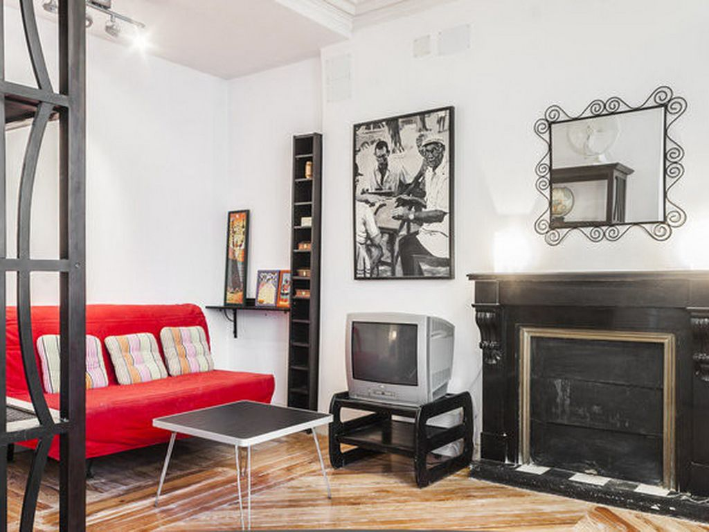 Superbly Located Budget Apartment Historical Building Bilbao Metro Station - Madrid - appartement