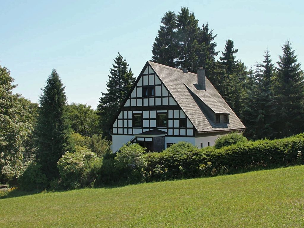 Detached half-timbered house in a quiet location near Winterberg