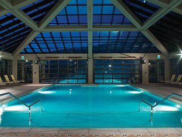 Indoor/Outdoor Pool & Outdoor Hot Tubs