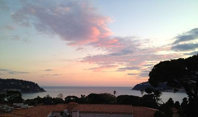 Refurnished 70m2 flat facing the sea for 4, Cote d'Azur, Ville Franche sur Mer