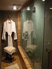 Telluride chateau / country house photo - The Steam Shower features his + hers seating inside, plus dual handheld showers.
