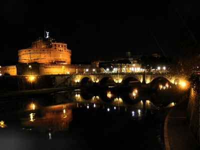 Castel S. Angelo 10 minutes walking