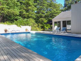 contemporary 3br east hampton house wprivate pool