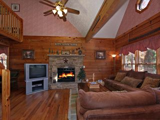 Pigeon Forge cabin photo - Living Room