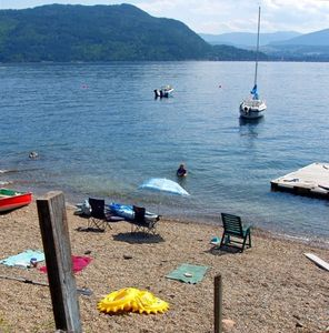 Shuswap Lake chalet rental
