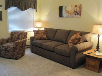 ML 107 - Living Room - Super Convenient 1st Floor Location