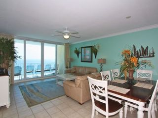 Gulf Shores condo photo - Dining area seats six