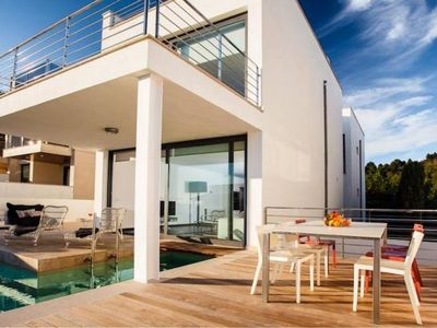 NEW! Beach House with top seaview, pool, rooftop-lounge and design furniture