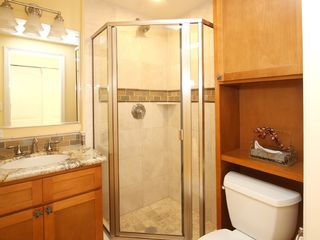 Lahaina condo photo - The 2nd Bath includes Marble & Tile Shower.