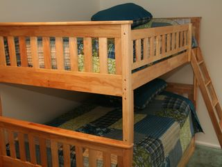 Warren condo photo - Full over Full bunkbeds