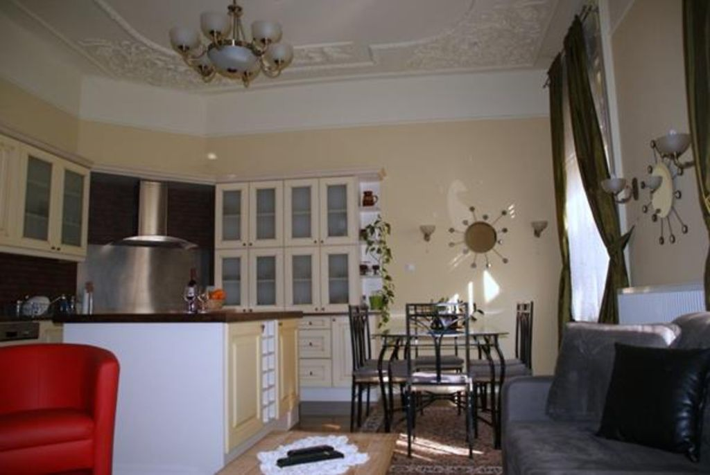 Superb Quality, Luxury Apartment in the Heart of the City