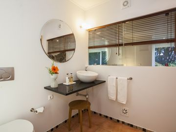 APARTMENT - WC Suite