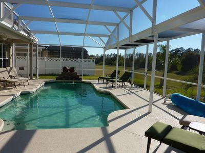 Oversize pool,tinkling water feature whilst enjoying the Florida climate