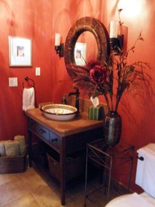 St. Augustine villa rental - Powder room opens to foyer and rear patio/pool area - best place for wet feet