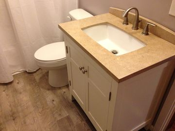 Newly remodeled main level bathroom